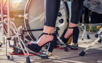 Why Do Women Love High Heel Shoes?